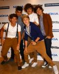 Bare forfatter~One Direction (pause)