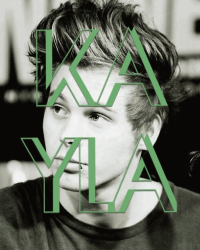 Kayla (Luke Hemmings A.U)