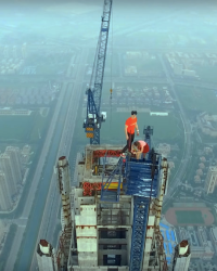 Couple Climbs The HIGHEST CONSTRUCTION SITE IN THE WORLD