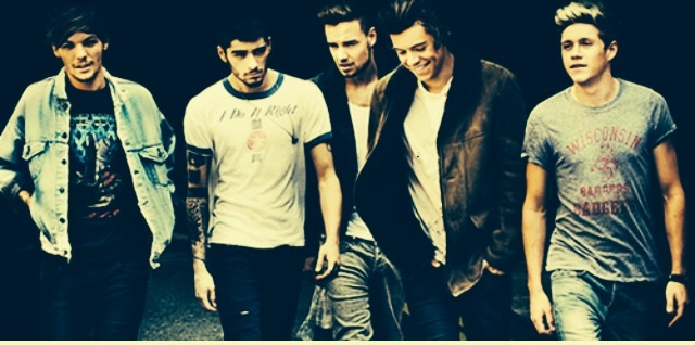 ONE DIRECTION FANS!! NEW FANFIC!! GO READ IT!! HhetWow