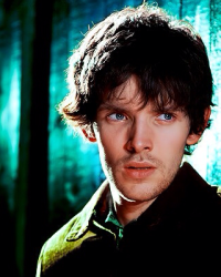 Merlin At Hogwarts - The Golden-Eyed Boy - Movellas